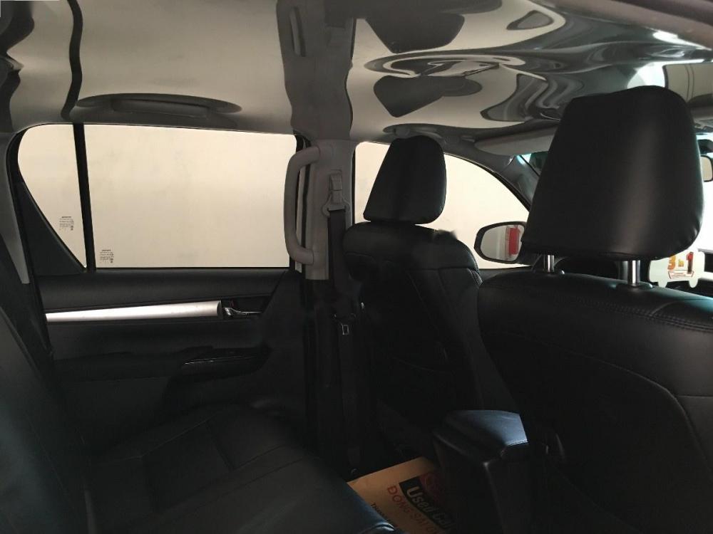 Bán Toyota Hilux G SX 2016, màu trắng, xe nhập