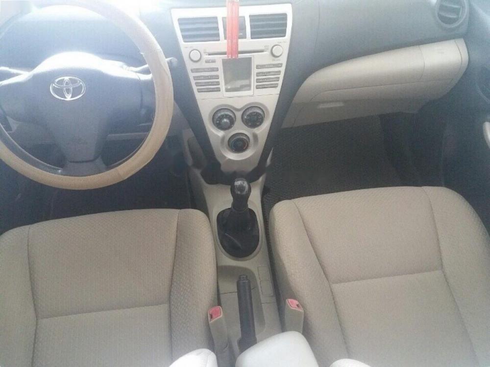 Bán xe Toyota Vios năm 2008, màu bạc xe gia đình, giá tốt