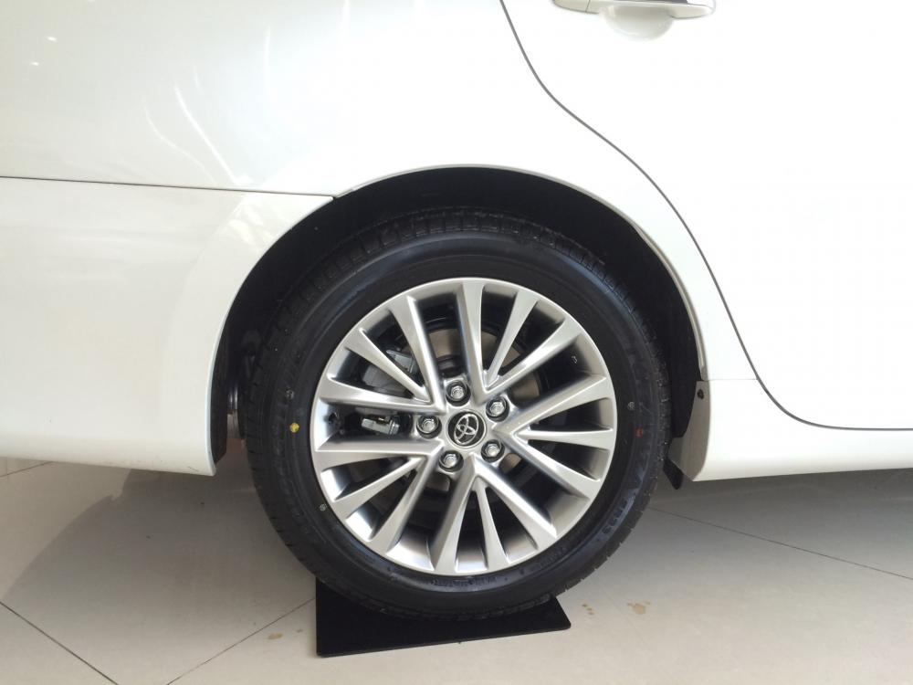 Toyota Camry 2018 - Lô giá mềm - Nhiều ưu đãi hấp dẩn - Vay 90%