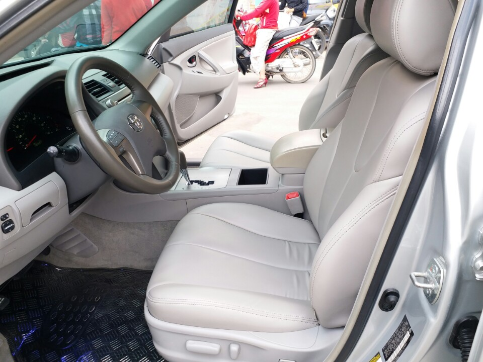 Xe Cũ Toyota Camry LE 2.4AT 2008