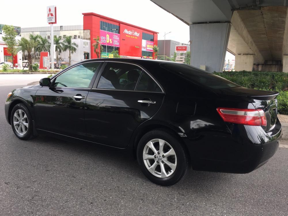Bán xe Toyota Camry LE 2007 màu đen, xe chạy chuẩn 6 vạn km, còn cực đẹp