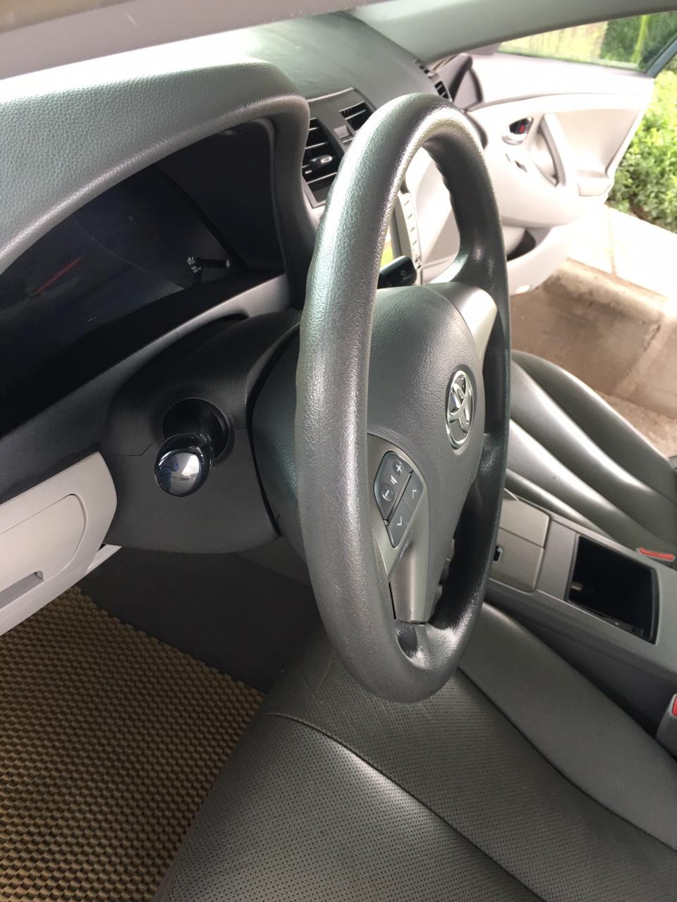 Cần bán Toyota Camry LE sản xuất năm 2007, màu đen, nhập khẩu nguyên chiếc