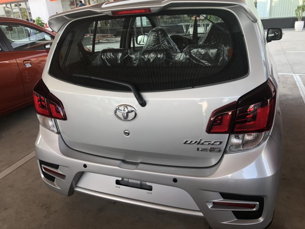 Bán ô tô Toyota Wigo 1.2MT , màu bạc, nhập khẩu chính hãng giá cạnh tranh