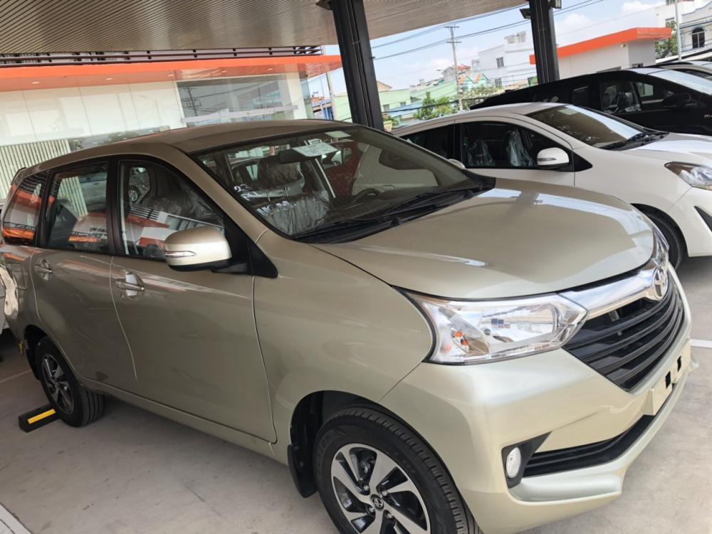 Toyota Avanza 1.3MT đời 2019, màu vàng, nhập khẩu, giá 537tr