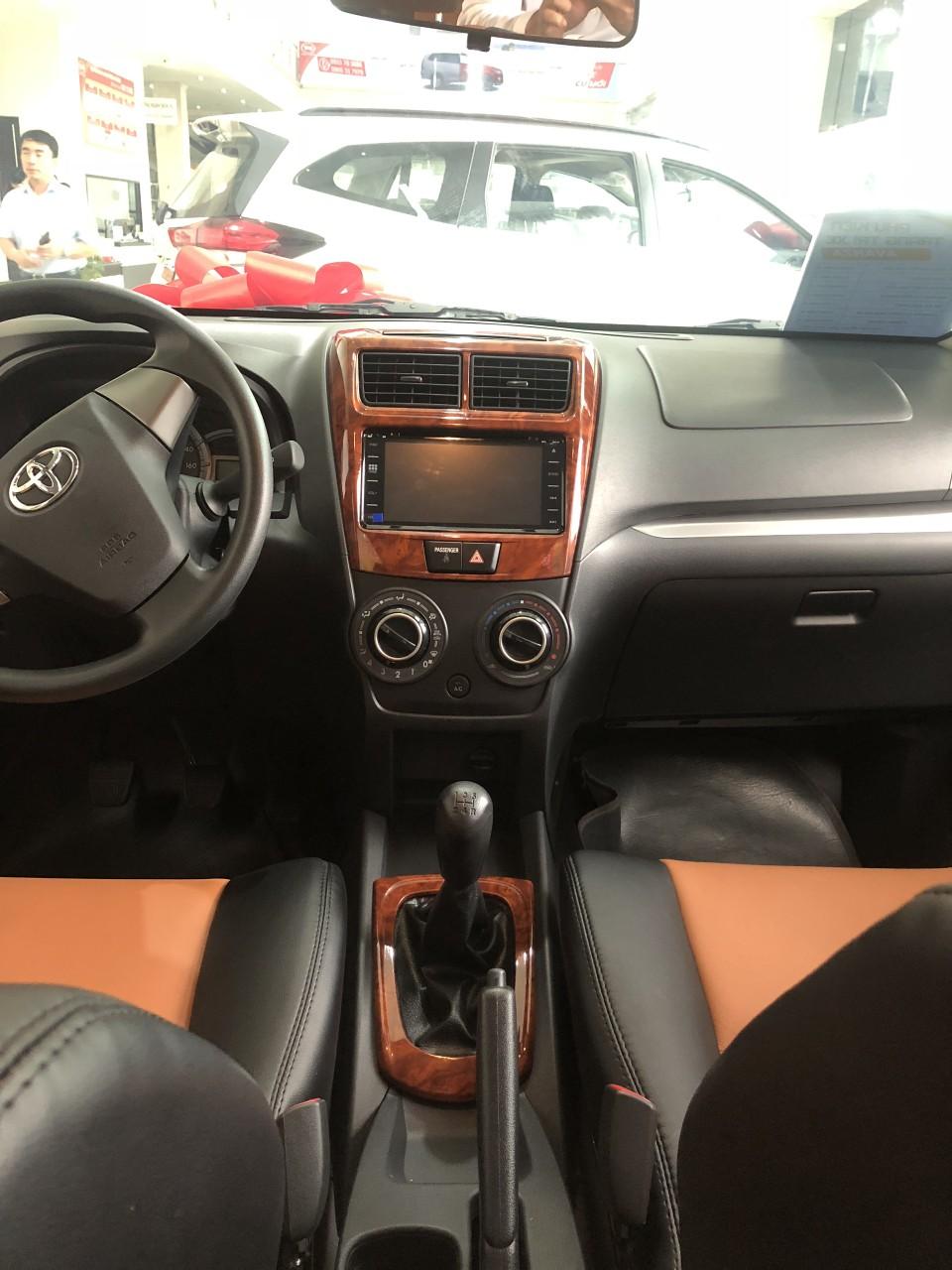 Avanza mới, xe nhập giá cạnh tranh tại Toyota An Sương