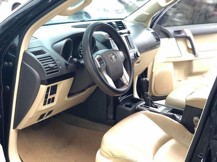 Bán Toyota Land Cruiser Prado 2016 Đk 2017, đen/ kem đẹp miễn bàn - LH: 0969313368