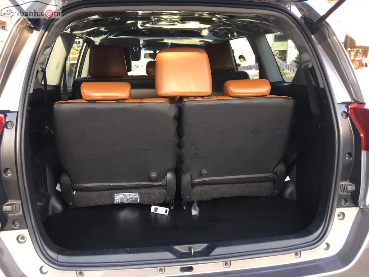 Bán Toyota Innova năm 2019, màu nâu, giá 710 triệus
