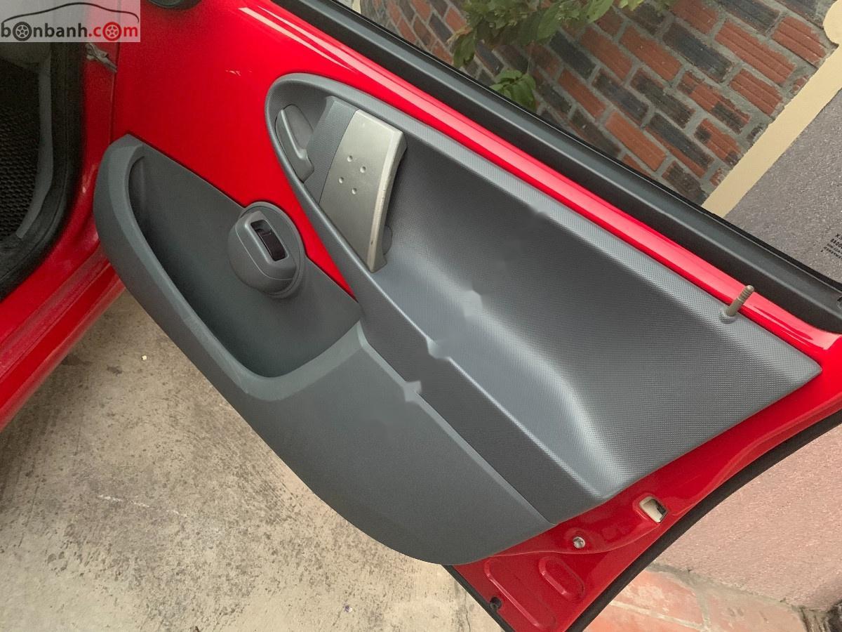Cần bán xe Toyota Aygo đời 2006, màu đỏ, nhập khẩu nguyên chiếc đẹp như mới