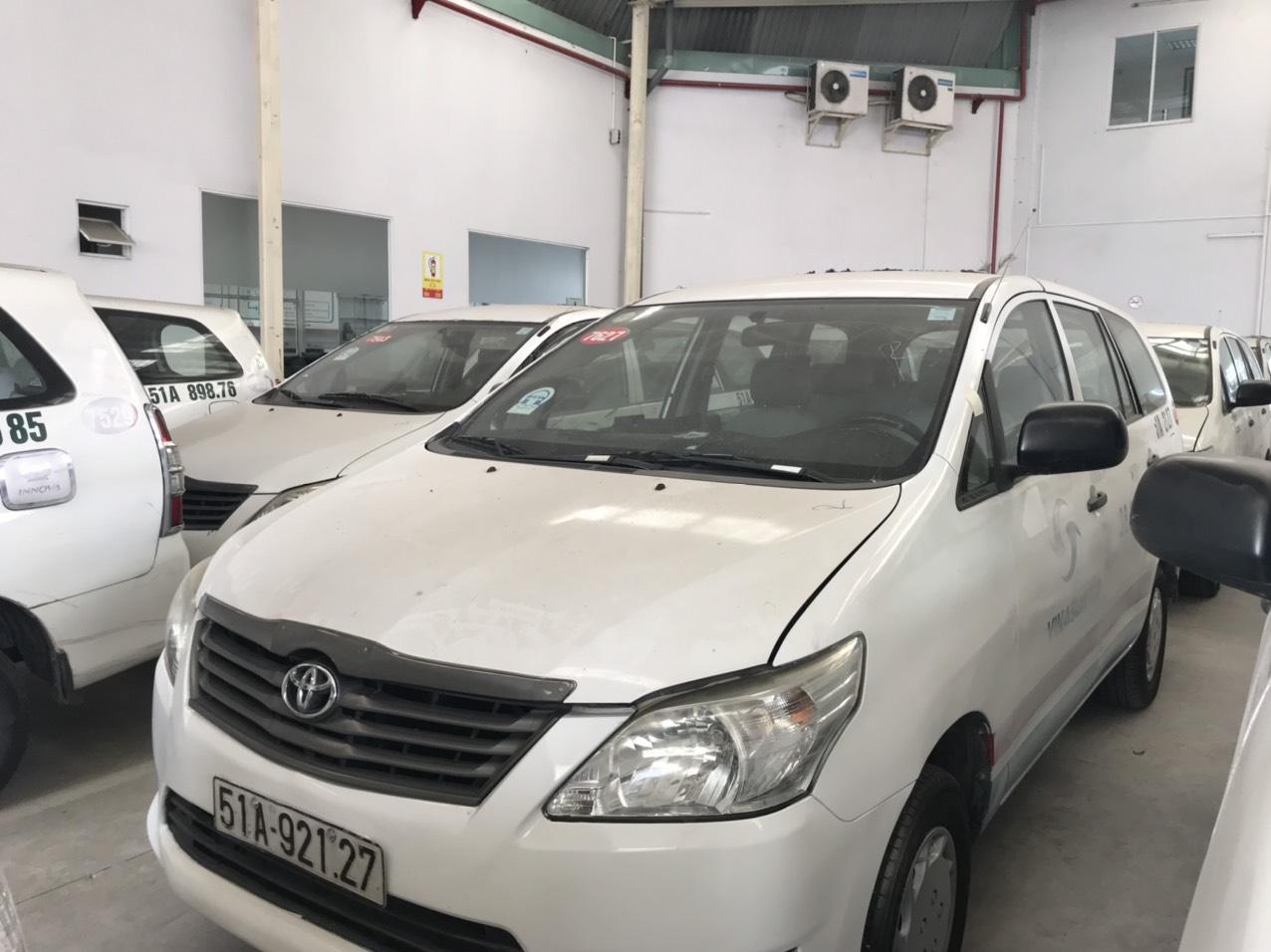 Bán lô xe Innova J taxi sx 2014, 2 dàn lạnh, 2 túi khí+ ABS và kính chỉnh điện
