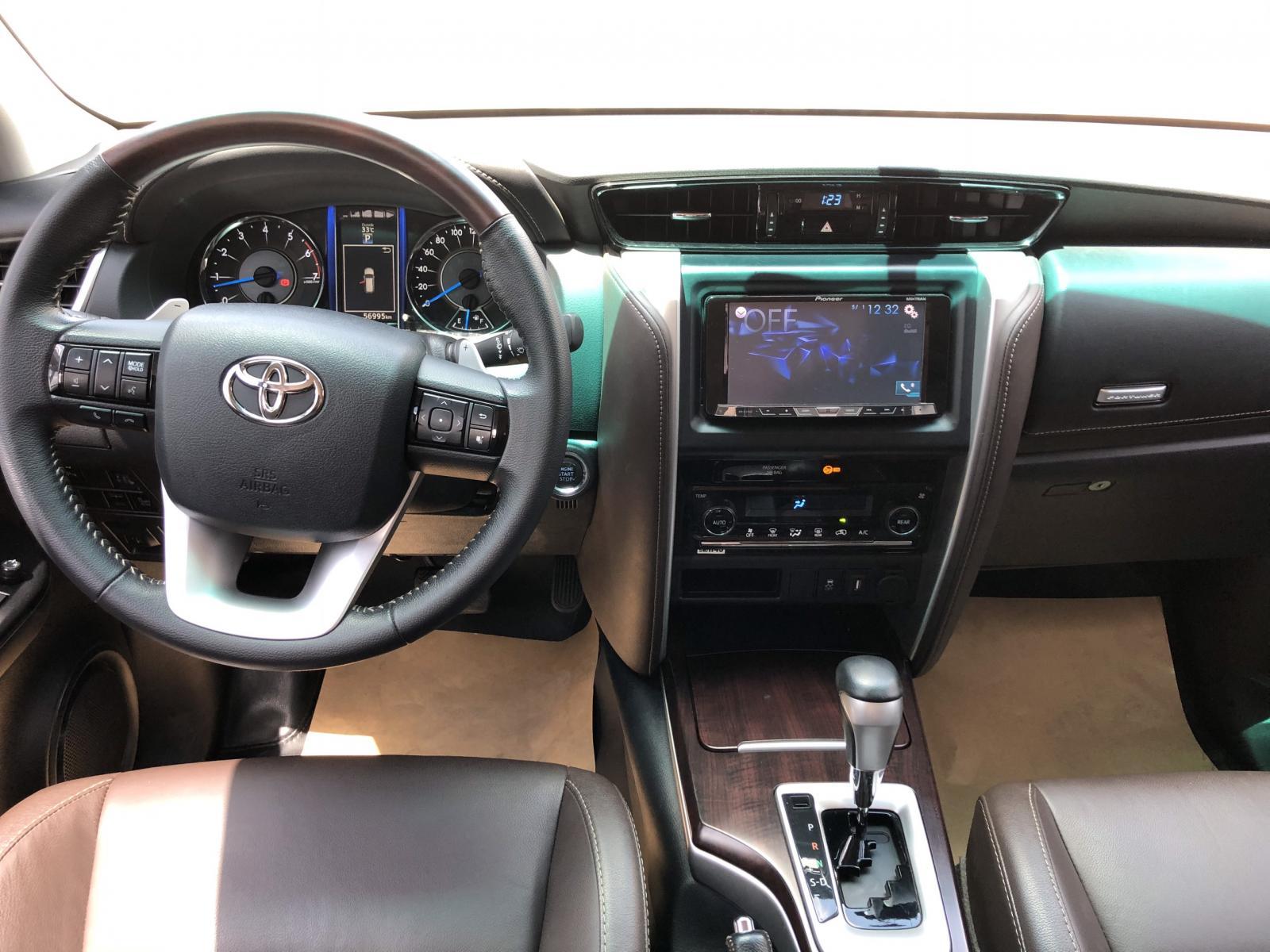 Bán xe Fortuner thần thánh 2017 nhập khẩu, giá 990 tr còn giảm tiếp