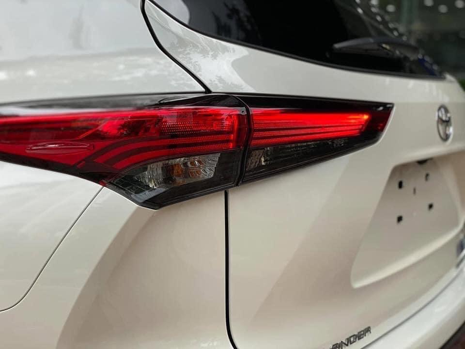 Bán Toyota Highlander Limited năm 2020, màu trắng, nhập khẩu