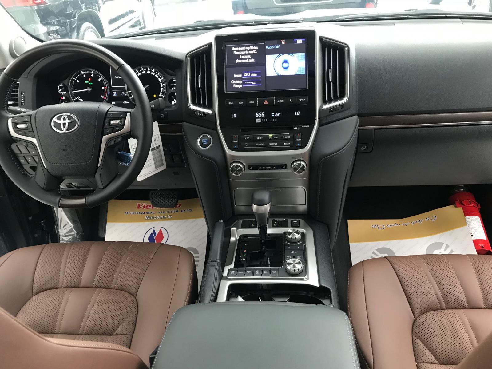 Bán Toyota Land Cruiser 5.7V8 bản VX-S, xuất Trung Đông 2021 mới nhất