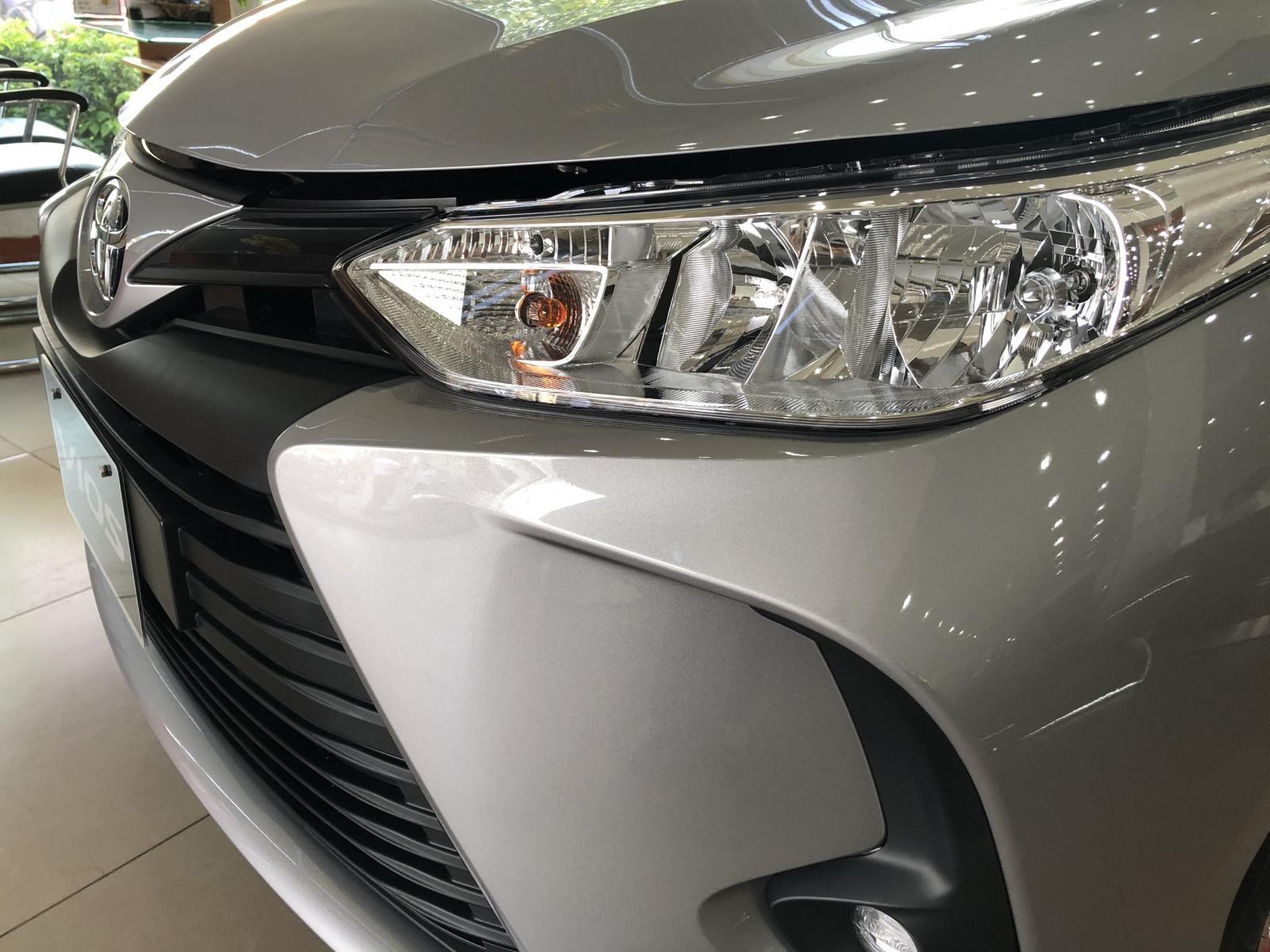 Cần bán xe Toyota Vios E - MT năm 2021, đủ màu giao ngay