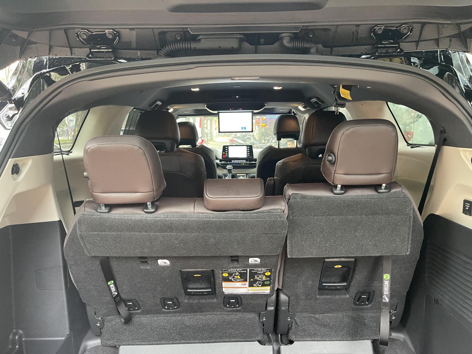 Bán Toyota Sienna Platinum 2021, màu đen, nhập khẩu Mỹ
