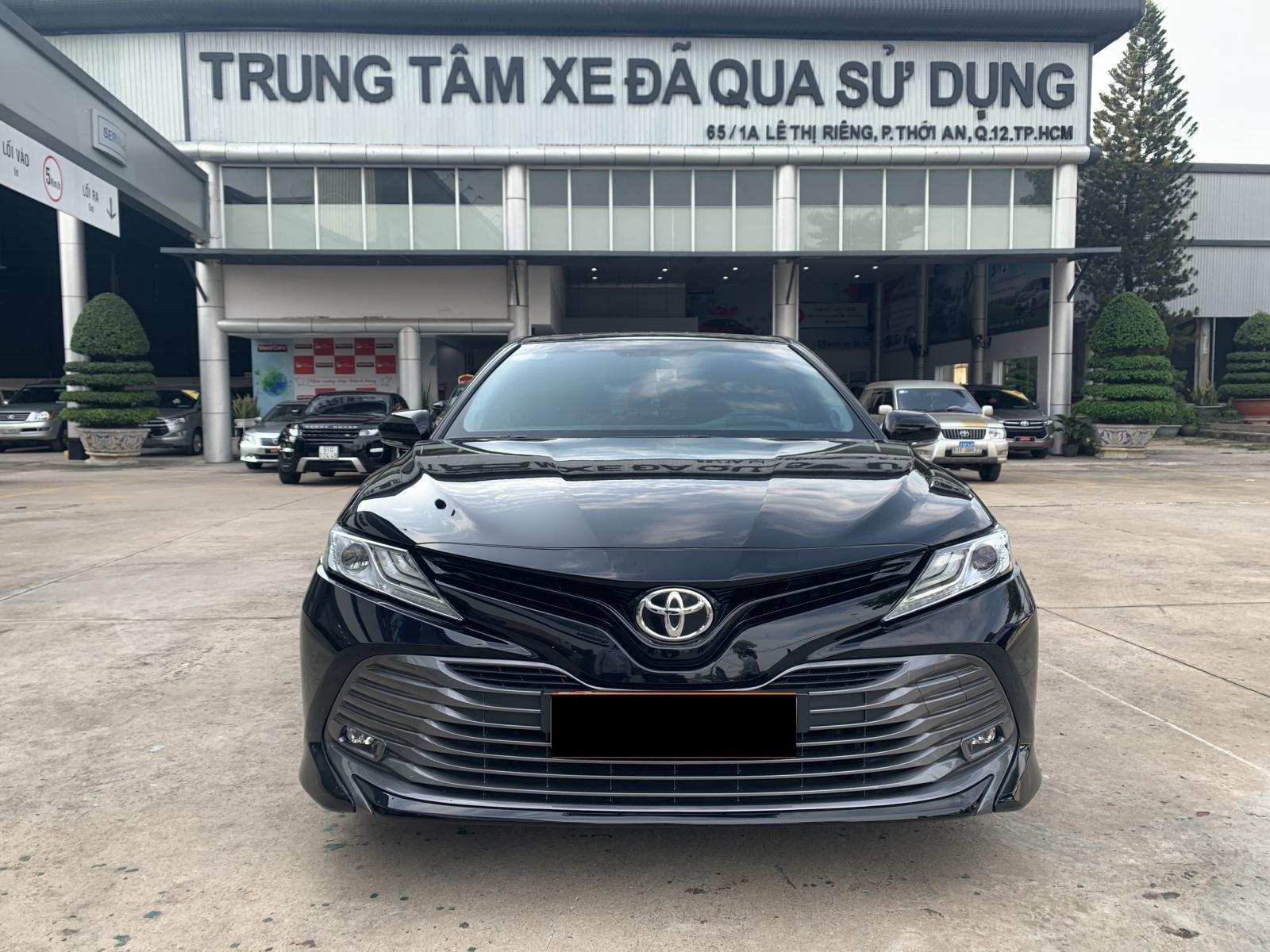 Cần bán xe Toyota Camry 2.5Q 2019 màu đen nhập Thái chính hãng Toyota Sure