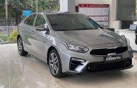 /tin-tuc-xe-24h/dai-ly-tiep-tuc-giam-gia-kia-cerato-quyet-giu-vung-ngai-vuong-sedan-c-955