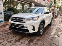 Toyota Highlander LE 2.7L nhập Mỹ đời 2017, màu trắng, giá tốt nhất, giao xe ngay. LH: 0902008844 giá 2 tỷ 590 tr tại Hà Nội