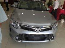 Bán ô tô Toyota Camry 2.0 E sản xuất 2019 MÀU BẠC GIAO NGAY giá 972 triệu tại Tp.HCM