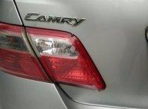 Cần bán xe Toyota Camry LE 2.4 đời 2008, màu bạc, xe nhập giá 690 triệu tại Thanh Hóa