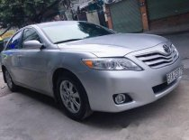 Bán ô tô Toyota Camry LE LE 2.5 đời 2010, màu bạc, nhập khẩu giá cạnh tranh giá 900 triệu tại Tp.HCM
