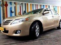 Salon bán xe Toyota Camry LE đời 2009, màu vàng cát giá 820 triệu tại Tp.HCM