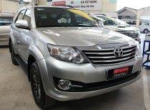 Bán Toyota Fortuner V đời 2015, màu bạc giá 870 triệu tại Tp.HCM