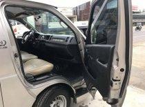 Bán xe Toyota Hiace MT sản xuất 2005, đồng sơn zin, không cấn đụng giá 220 triệu tại Đồng Nai