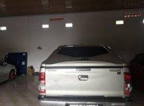 Cần bán lại xe Toyota Hilux đời 2013, màu bạc  giá 550 triệu tại Bình Phước