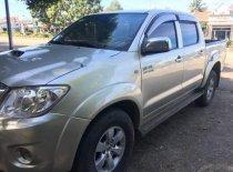 Bán Toyota Hilux 2010, màu bạc, nhập khẩu Thái Lan hai cầu giá 415 triệu tại Kon Tum