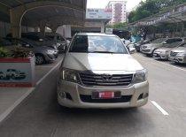Bán xe Toyota Hilux 2.5E 2012, màu bạc, xe bán tải giá thương lượng với khách hàng thiện chí mua xe giá 450 triệu tại Tp.HCM