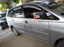 Cần bán lại xe Toyota Innova G đời 2010, màu bạc số sàn giá 380 triệu tại Cao Bằng