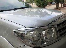 Chính chủ bán Toyota Fortuner V năm 2011, màu bạc giá 535 triệu tại Quảng Ninh