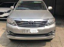 Cần bán xe Toyota Fortuner V năm 2015, màu bạc số tự động giá cạnh tranh giá 850 triệu tại Tp.HCM