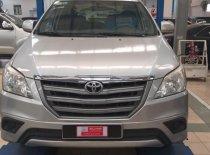 Bán xe Toyota Innova 2.0E đời 2014, màu bạc giá 610 triệu tại Tp.HCM