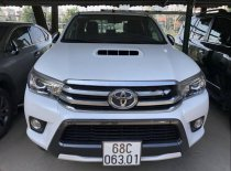 Bán Toyota Hilux 2015 số tự động, 2 cầu, đăng ký T11/2015, form mới giá 630 triệu tại Tp.HCM