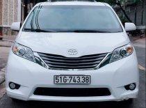 Chính chủ bán Toyota Sienna 3.5 XLE 2013, màu trắng, xe nhập giá 2 tỷ 200 tr tại Tp.HCM