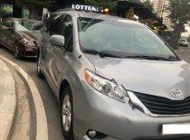 Bán Toyota Sienna LE 2.7 đời 2011, màu xám, nhập khẩu giá 1 tỷ 150 tr tại Tp.HCM