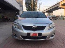 Cần bán Toyota Corolla altis đời 2010, màu bạc, số tự động giá 500 triệu tại Tp.HCM