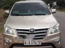 Bán xe Toyota Innova năm 2014, màu vàng chính chủ, giá tốt giá 535 triệu tại Bình Dương