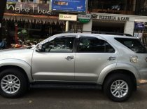Cần bán Toyota Fortuner MT model 2013, màu bạc giá 735 triệu tại Tp.HCM