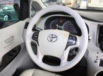Bán ô tô Toyota Sienna LE 2.7 năm sản xuất 2010, màu đỏ, nhập khẩu   giá 1 tỷ 70 tr tại Tp.HCM