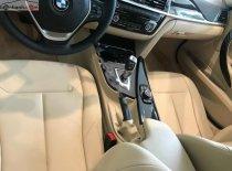Cần bán xe BMW 3 Series 320i đời 2019, màu đỏ, nhập khẩu nguyên chiếc giá 1 tỷ 619 tr tại Tp.HCM