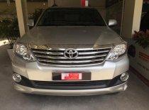 Cần bán lại xe Toyota Fortuner 2014, màu bạc, số tự động, giá chỉ 820 triệu giá 820 triệu tại Tp.HCM