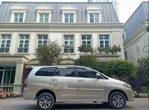 Cần bán xe Toyota Innova E 2015, màu bạc chính chủ giá cạnh tranh giá 526 triệu tại Hà Nội