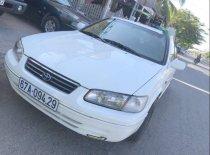Cần bán Toyota Camry đời 2000, màu trắng giá 225 triệu tại An Giang