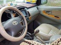 Cần bán gấp Toyota Innova đời 2010, màu bạc giá 400 triệu tại Bình Dương