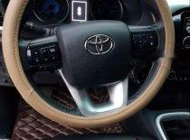 Cần bán gấp Toyota Hilux G đời 2015, màu đen, nhập khẩu nguyên chiếc số sàn giá 595 triệu tại Nghệ An