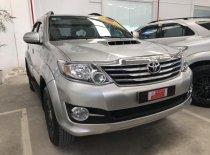 Cần bán lại xe Toyota Fortuner đời 2015, màu bạc giá 900 triệu tại Tp.HCM