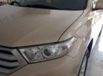 Bán ô tô Toyota Highlander năm sản xuất 2011, màu vàng, nhập khẩu còn mới giá 1 tỷ 45 tr tại Hà Nội