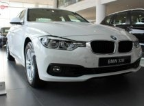 Bán ô tô BMW 3 Series 320i năm sản xuất 2019, màu trắng  giá 1 tỷ 619 tr tại Hà Nội